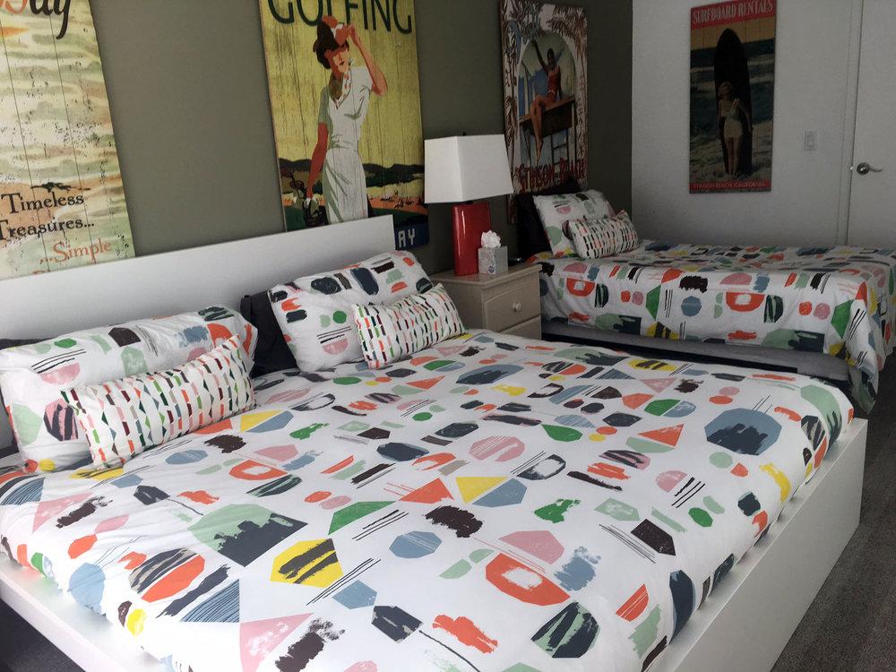 bedroom4-b.JPG