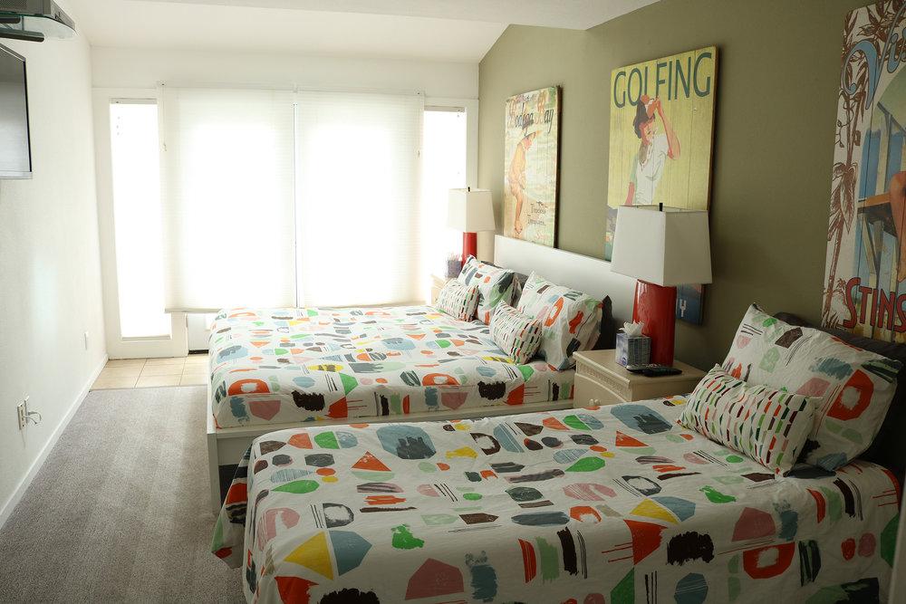 bedroom4-a.JPG