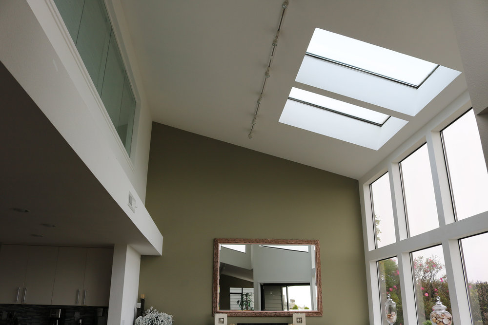 dining-skylights.JPG
