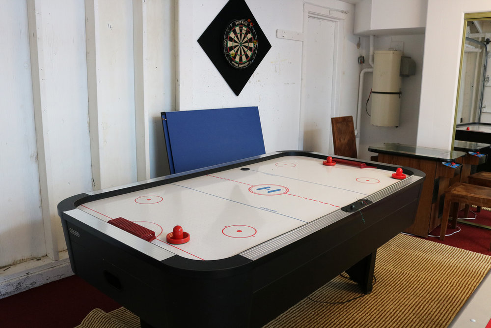 garage-air-hockey-table.JPG