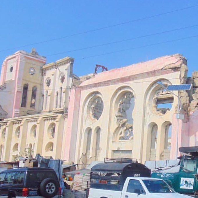 pink wash Port Au Prince