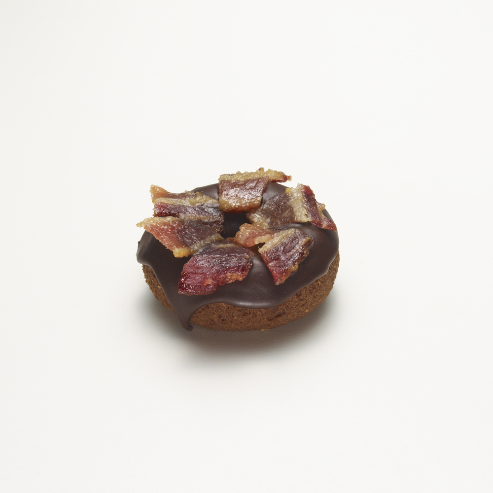 SCREAM QUEEN   •  chocolate & caramelized bacon