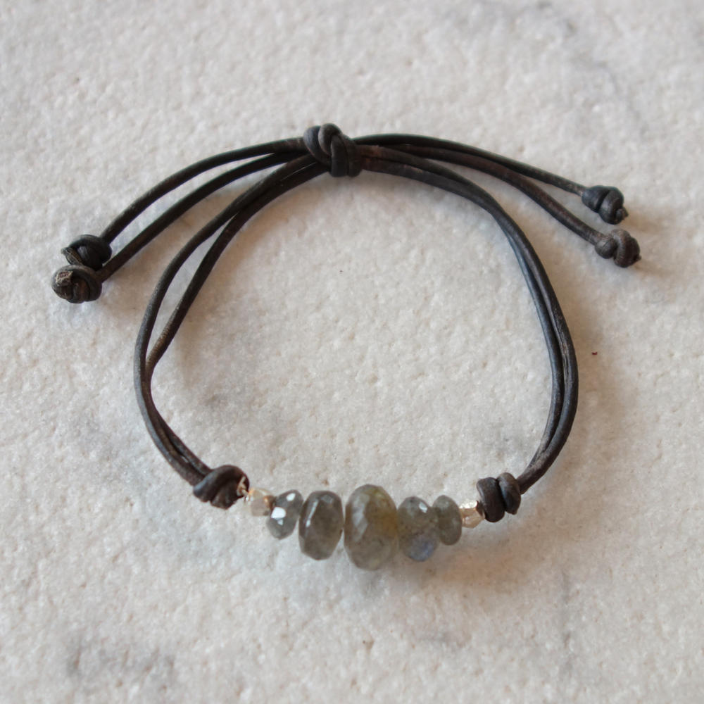 Labradorite, silver and leather bracelet