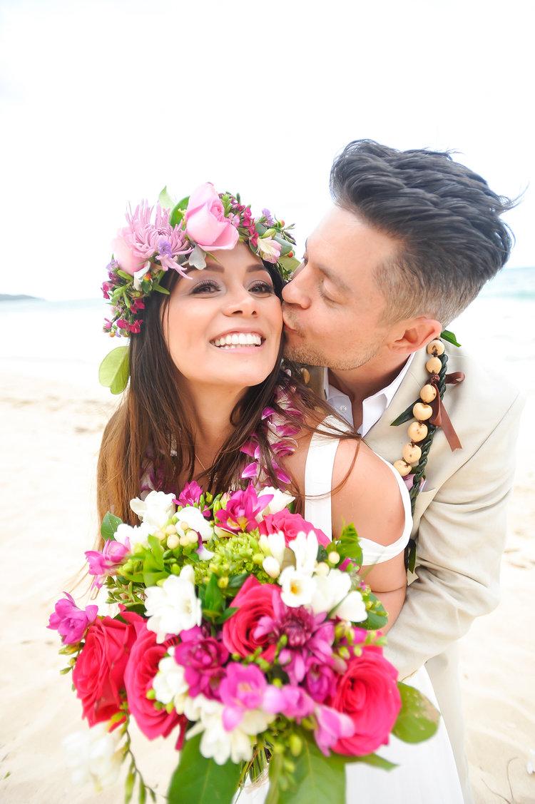 Alohilani Weddings Erick Rhodes Photography Waimanalo Bay