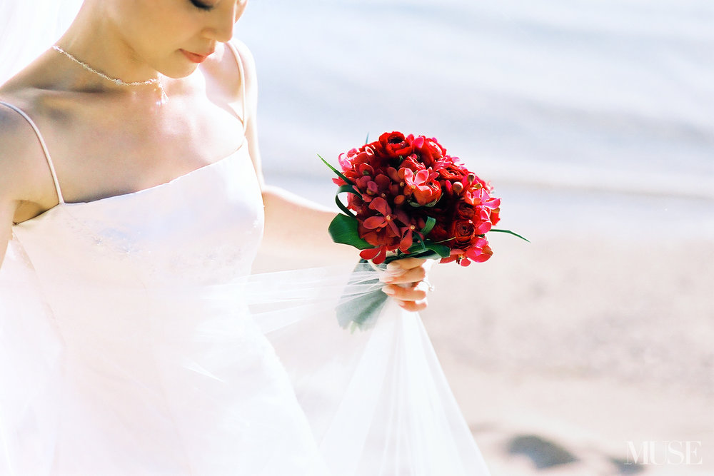 MUSE Bride Lookbook - Flowers . Red