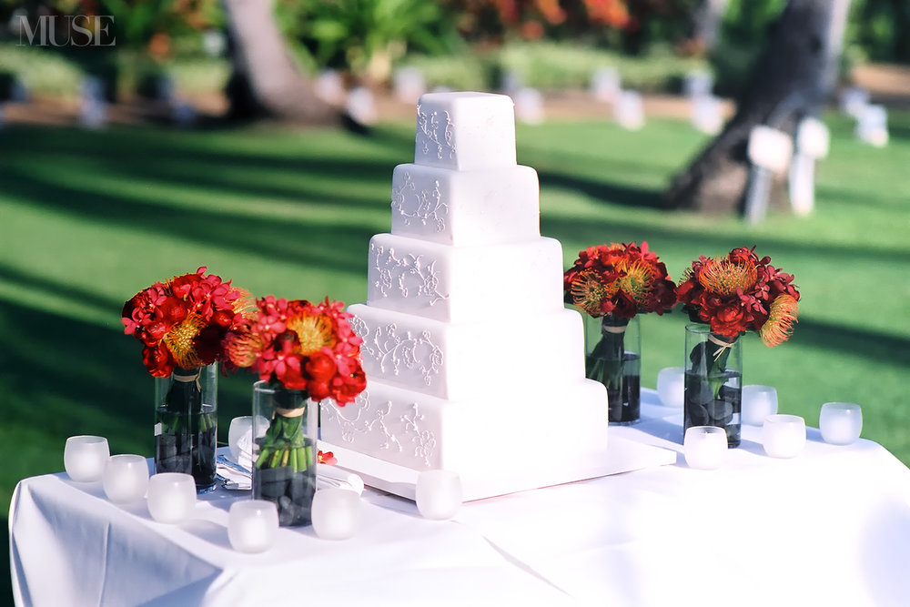 MUSE Bride Lookbook - Flowers . Red