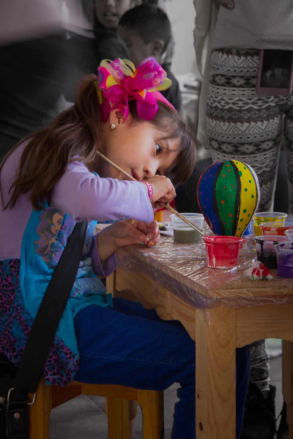 Quiet: Artist at Work    CantoyaFest: Paracho, Michoacán, Mexico — Saturday, July 19, 2014