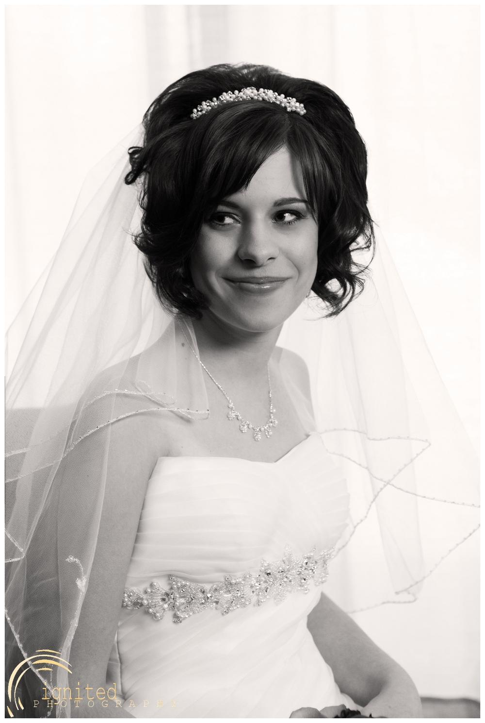 ignited Photography Alyssa  Castwell and Caleb Merna Wedding Brighton Nazarene The Naz Howell MI_0025.jpg