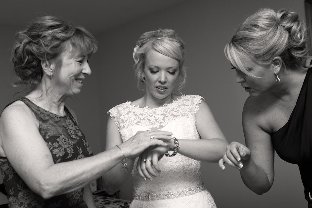 Leybourn Wedding-14bw.jpg