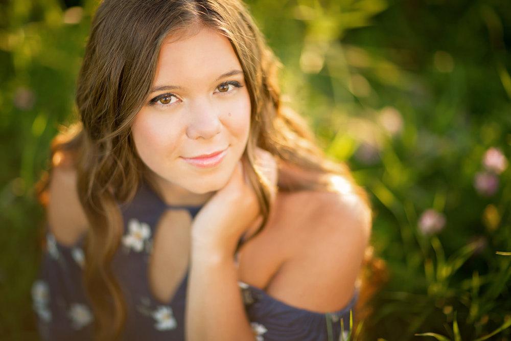 Emma Grasl Senior-4ed.jpg