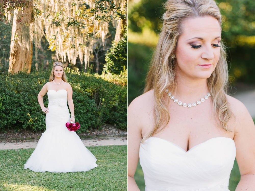 Lindsey_A_Miller_photography_bridal_portrait_middleton_plantation_charleston_sunset_spanish_moss_001.jpg