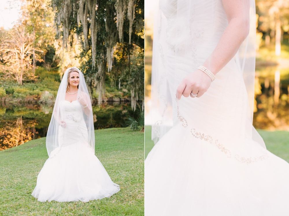 Lindsey_A_Miller_photography_bridal_portrait_middleton_plantation_charleston_sunset_spanish_moss_010.jpg