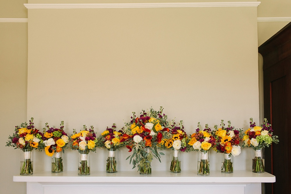 Lindsey_A_Miller_photography_charleston_mcleod_plantation_wedding_row_of_oaks_southern_classic_fall_spanish_moss_historic_home_013.jpg