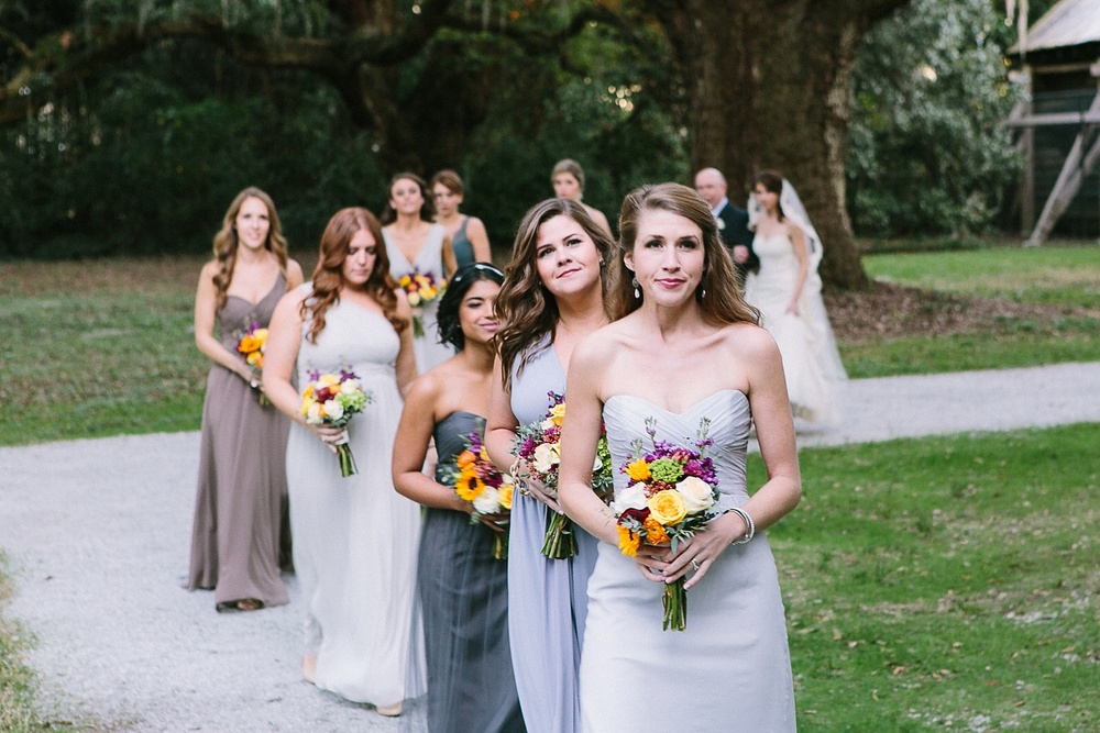 Lindsey_A_Miller_photography_charleston_mcleod_plantation_wedding_row_of_oaks_southern_classic_fall_spanish_moss_historic_home_054.jpg