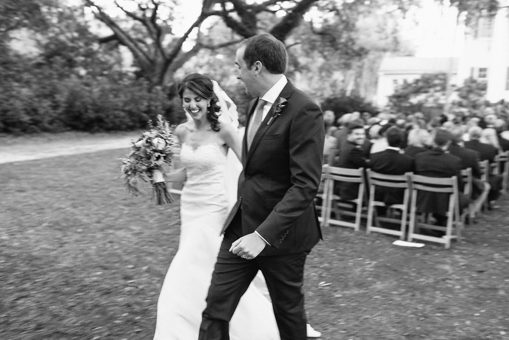 Lindsey_A_Miller_photography_charleston_mcleod_plantation_wedding_row_of_oaks_southern_classic_fall_spanish_moss_historic_home_066.jpg