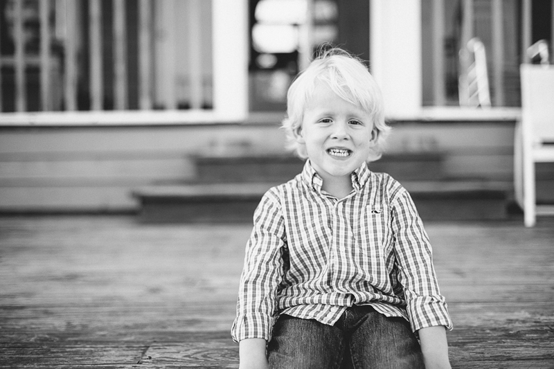 charleston_family_beach_photographer_lindseyamillerphotography_01.jpg