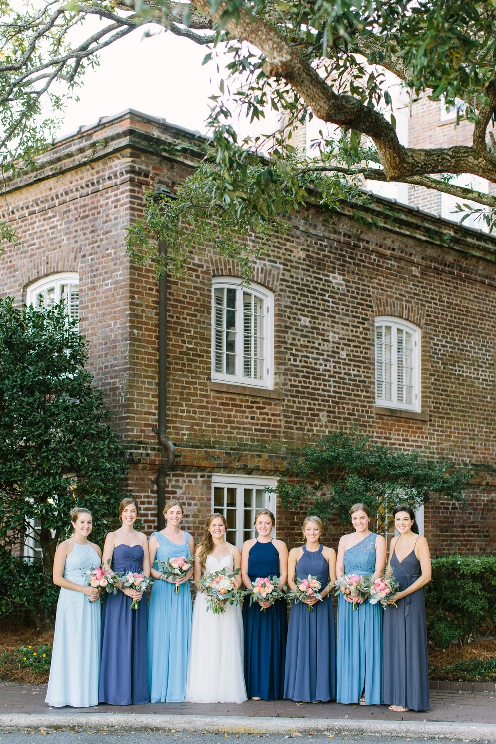 lindsey_a_miller_photography_historic_rice_mill_charleston_wedding_24.jpg
