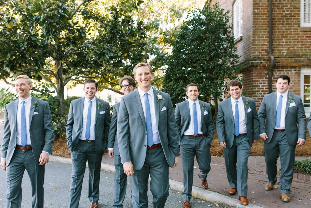 lindsey_a_miller_photography_historic_rice_mill_charleston_wedding_30.jpg