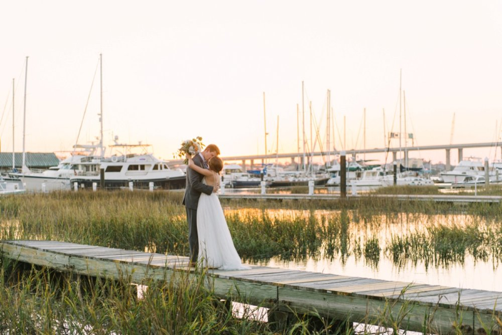 lindsey_a_miller_photography_historic_rice_mill_charleston_wedding_39.jpg