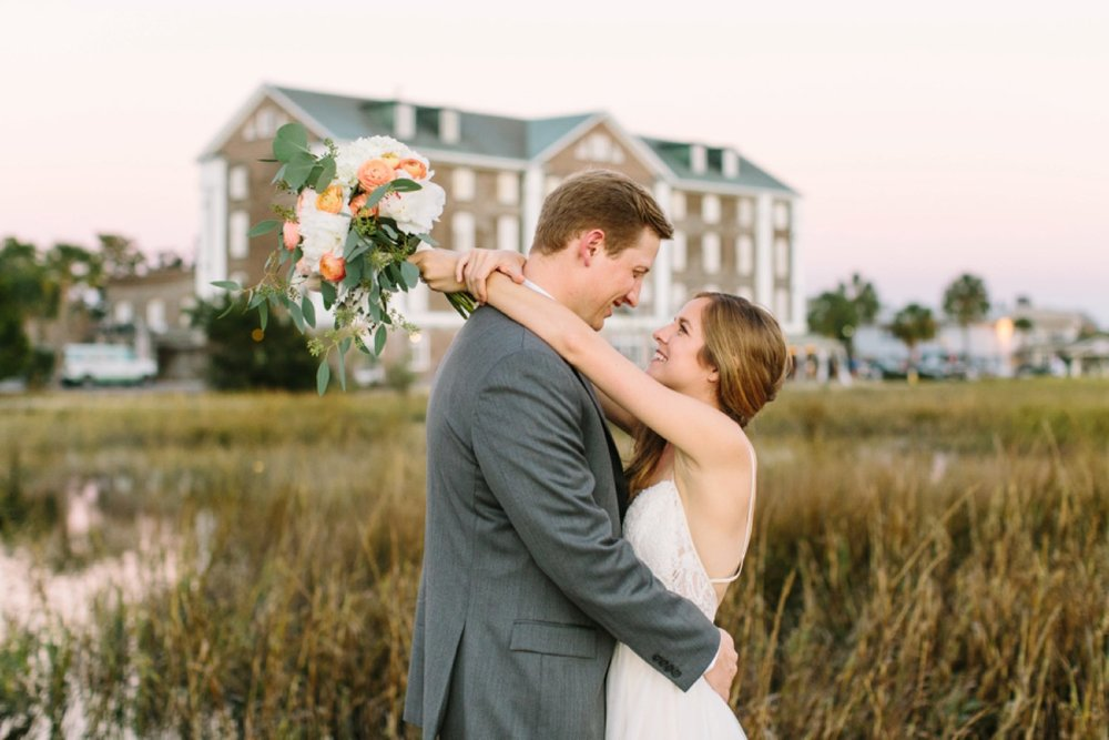 lindsey_a_miller_photography_historic_rice_mill_charleston_wedding_42.jpg