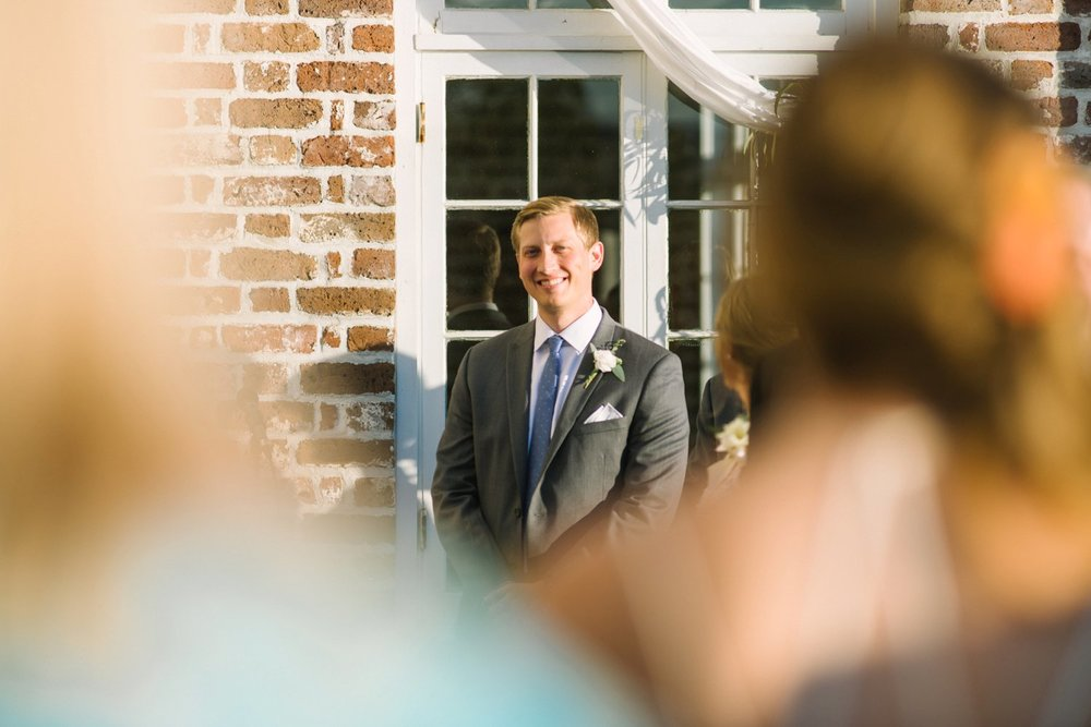 lindsey_a_miller_photography_historic_rice_mill_charleston_wedding_51.jpg