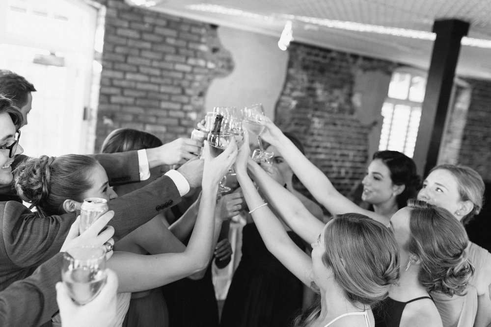 lindsey_a_miller_photography_historic_rice_mill_charleston_wedding_55.jpg