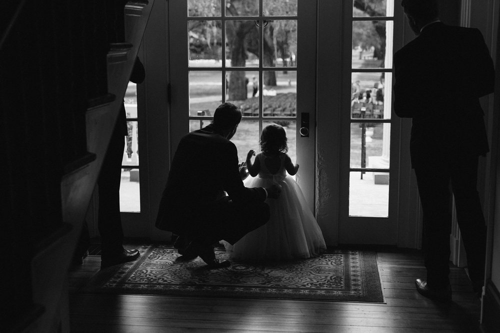 Lindsey_A_Miller_Photography_mcleod_plantation_wedding_charleston_south_carolina_clear_tent_spring_mod_events_034.jpg