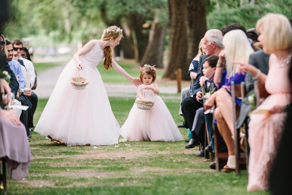 Lindsey_A_Miller_Photography_mcleod_plantation_wedding_charleston_south_carolina_clear_tent_spring_mod_events_040.jpg