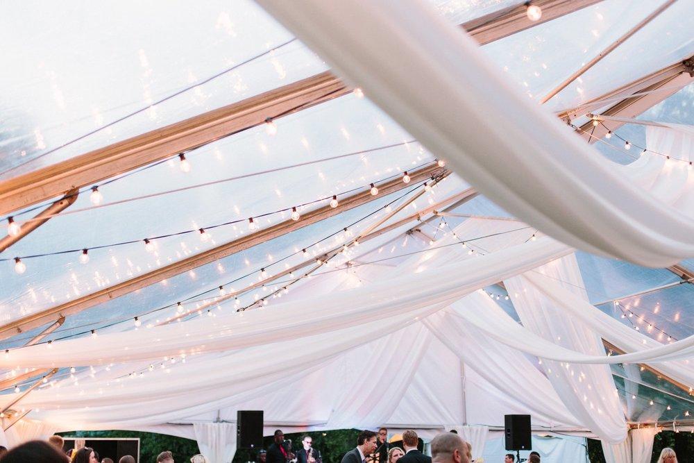 Lindsey_A_Miller_Photography_mcleod_plantation_wedding_charleston_south_carolina_clear_tent_spring_mod_events_081.jpg