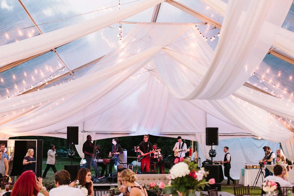 Lindsey_A_Miller_Photography_mcleod_plantation_wedding_charleston_south_carolina_clear_tent_spring_mod_events_083.jpg