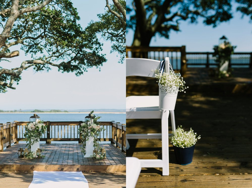 Lindsey_A_Miller_Photography_wedding_southport_community_building_bubbly_events_north_carolina_coasta_cannon_nautical_historic_015.jpg