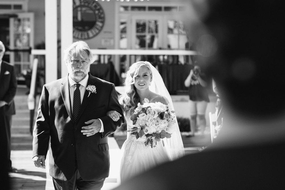 Lindsey_A_Miller_Photography_wedding_southport_community_building_bubbly_events_north_carolina_coasta_cannon_nautical_historic_018.jpg