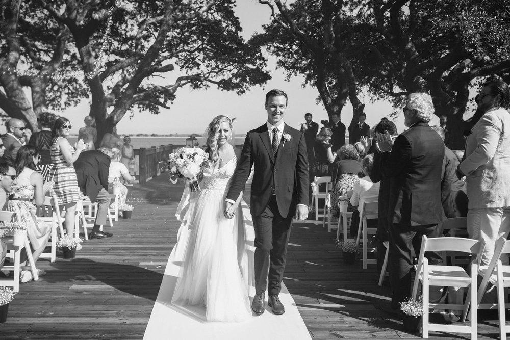 Lindsey_A_Miller_Photography_wedding_southport_community_building_bubbly_events_north_carolina_coasta_cannon_nautical_historic_025.jpg