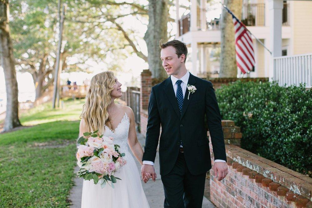 Lindsey_A_Miller_Photography_wedding_southport_community_building_bubbly_events_north_carolina_coasta_cannon_nautical_historic_046.jpg