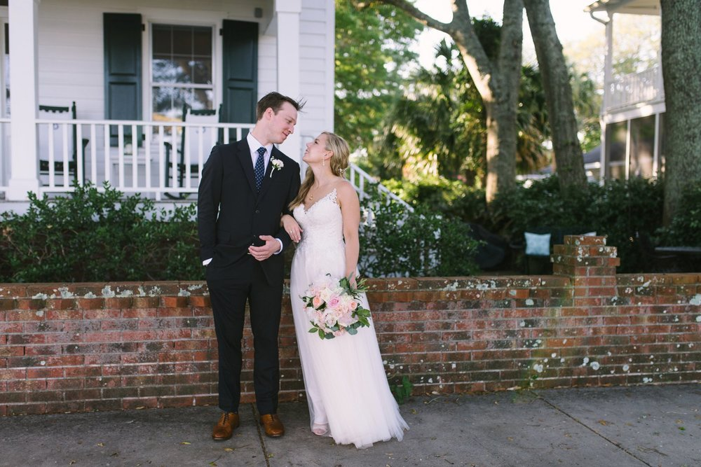 Lindsey_A_Miller_Photography_wedding_southport_community_building_bubbly_events_north_carolina_coasta_cannon_nautical_historic_047.jpg