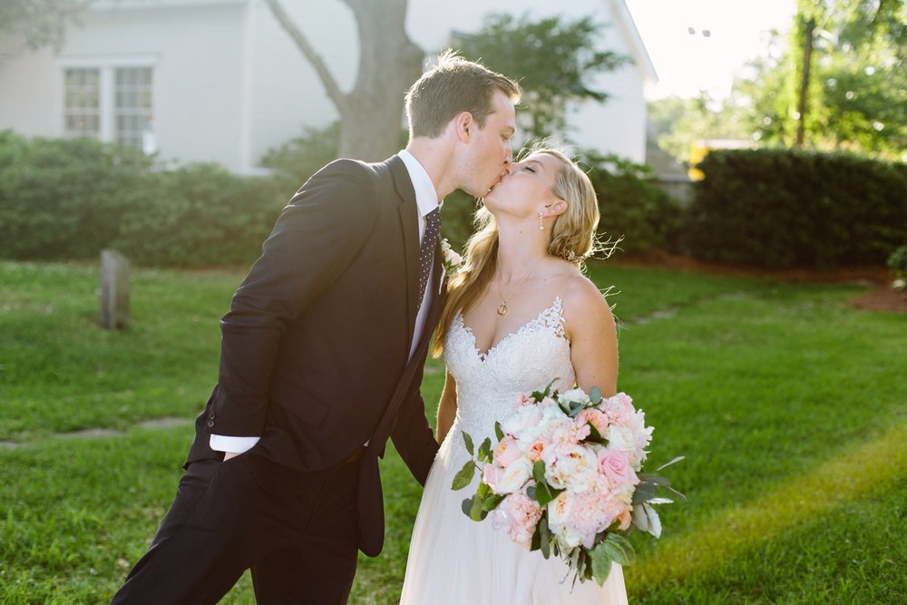 Lindsey_A_Miller_Photography_wedding_southport_community_building_bubbly_events_north_carolina_coasta_cannon_nautical_historic_057.jpg