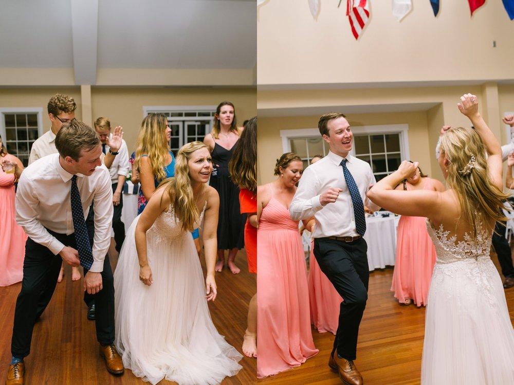 Lindsey_A_Miller_Photography_wedding_southport_community_building_bubbly_events_north_carolina_coasta_cannon_nautical_historic_100.jpg
