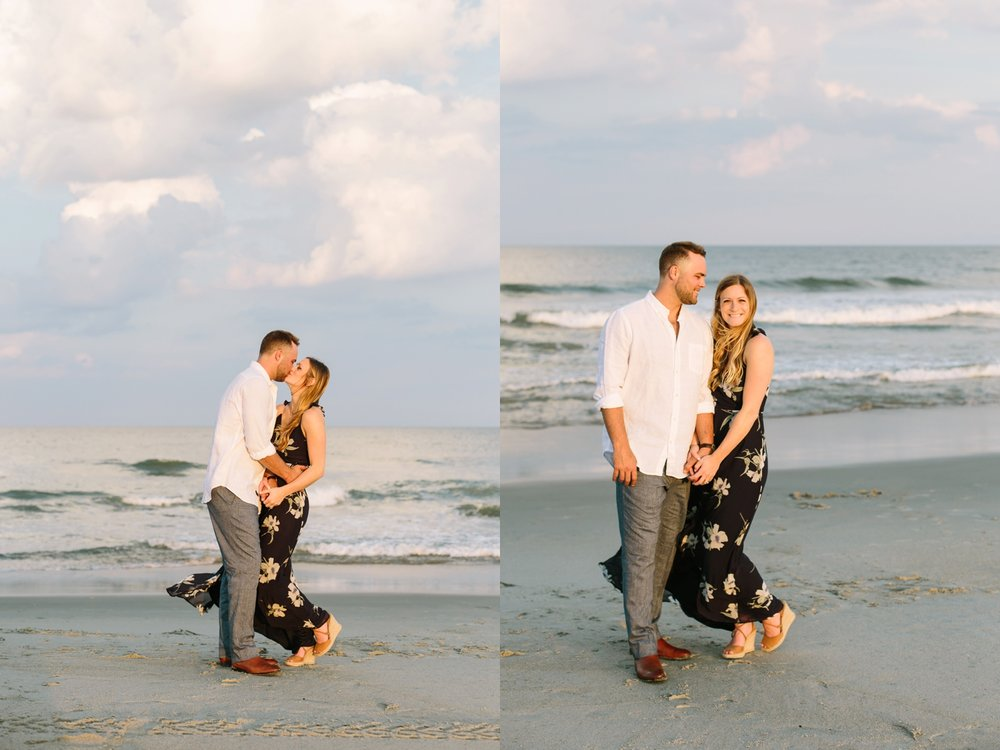 Fort-Fisher-engagement-session-beach-wilmington-north-carolina-lindseyamillerphotography_0010.jpg