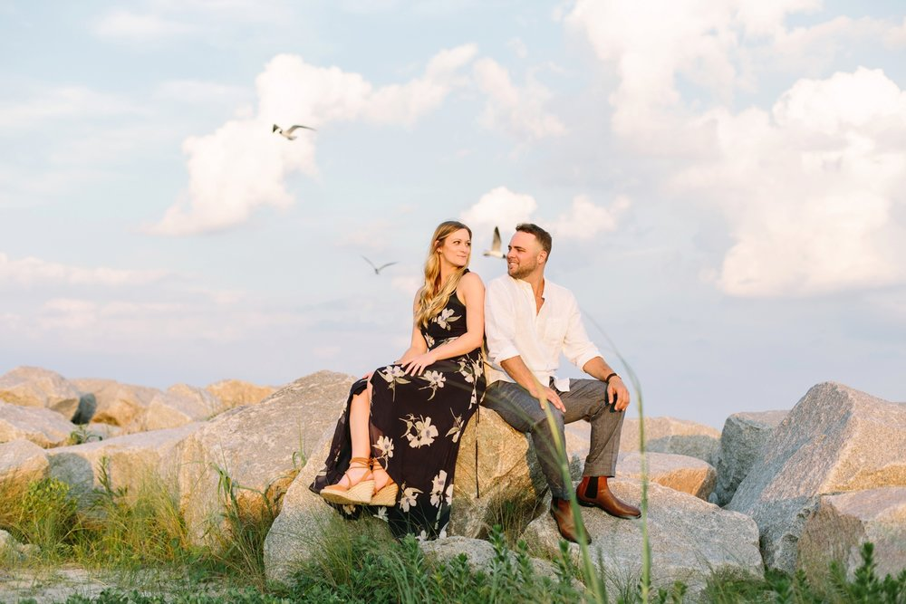 Fort-Fisher-engagement-session-beach-wilmington-north-carolina-lindseyamillerphotography_0015.jpg