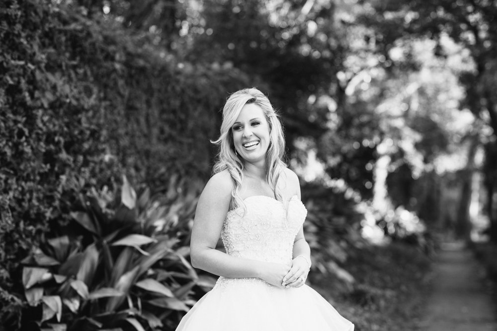 bakery-105-downtown-wilmington-north-carolina-bridal-session-samantha_0037.jpg