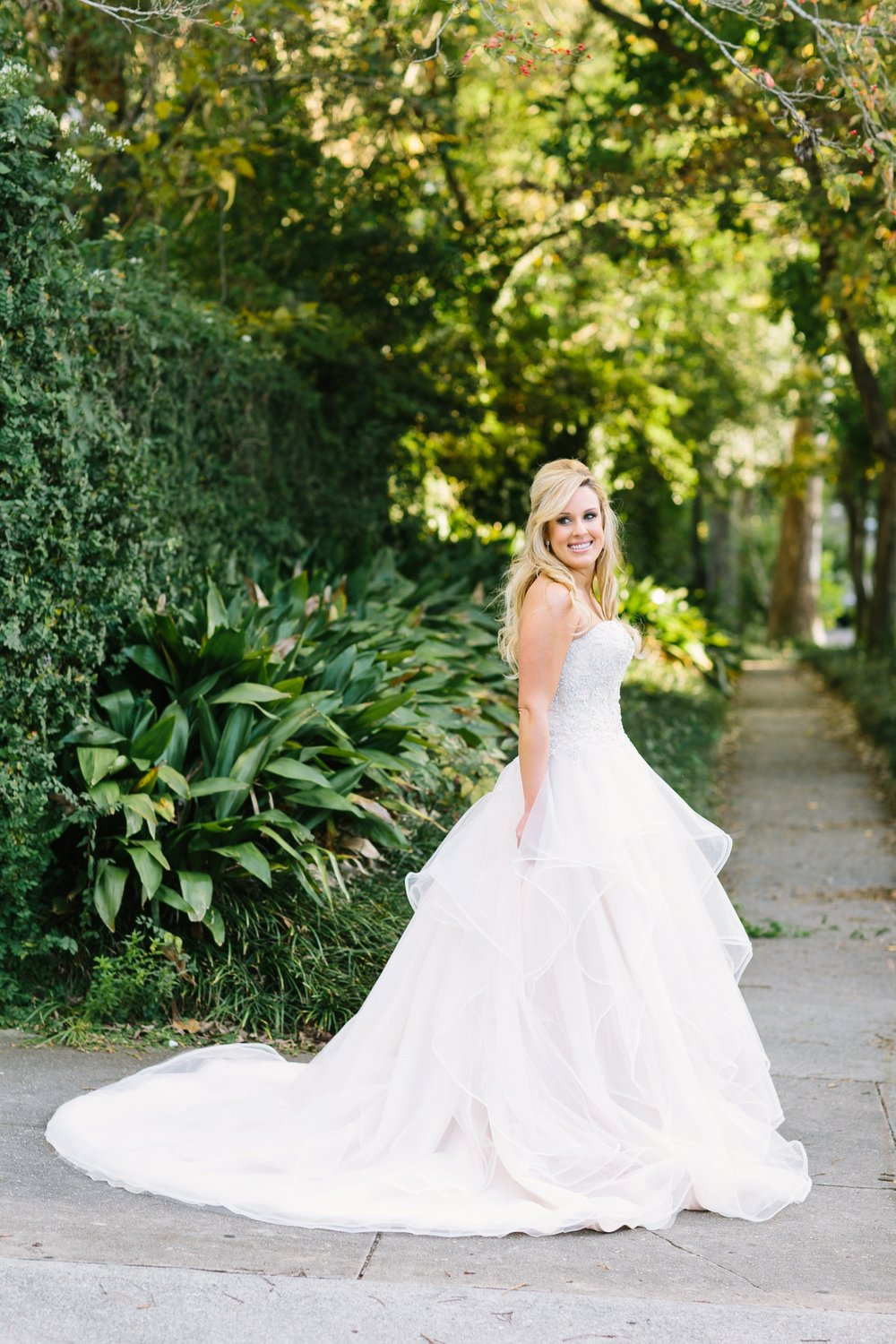 bakery-105-downtown-wilmington-north-carolina-bridal-session-samantha_0036.jpg