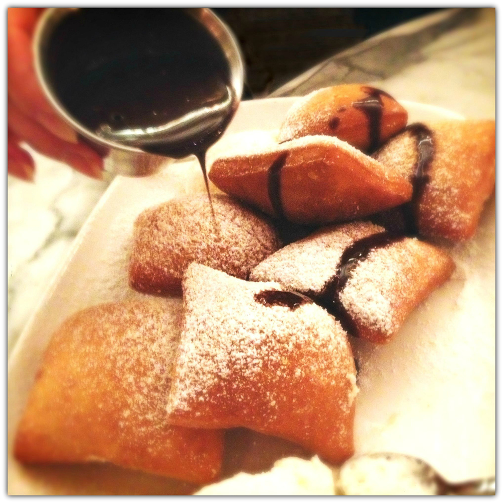 Beignets + chocolate