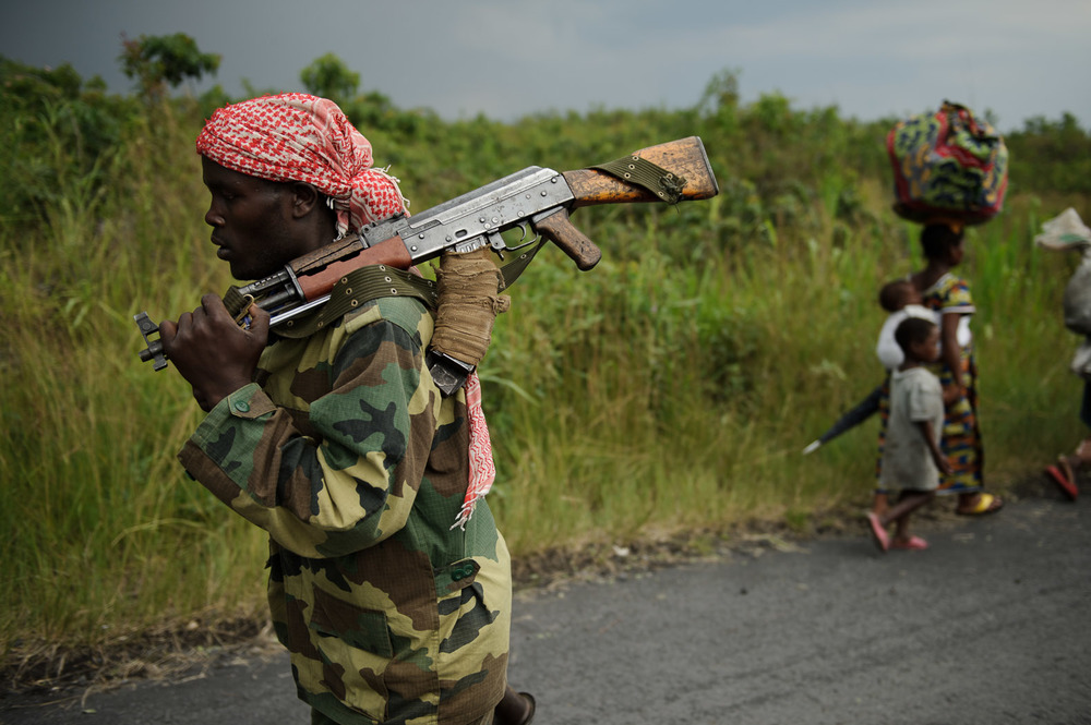 In November 2012, the rebels took Goma, the provincial capital and an important economic hub on the Rwandan border, and ousted the army, causing the displacement of thousands of civilians, both internally and across the border to Uganda and Rwanda.