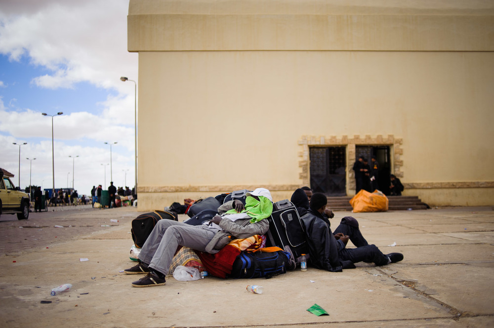 Due to a lack of assistance from their own countries, many migrant workers found themselves stranded at the border between Egypt and Libya. For these Chadian men, Egypt refused to let them enter the country, and Chad offered no help in repatriate them.
