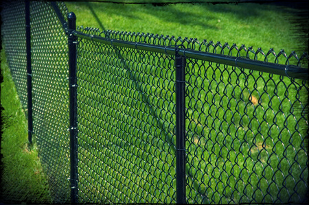 Click through to see our full chain link fence picture gallery