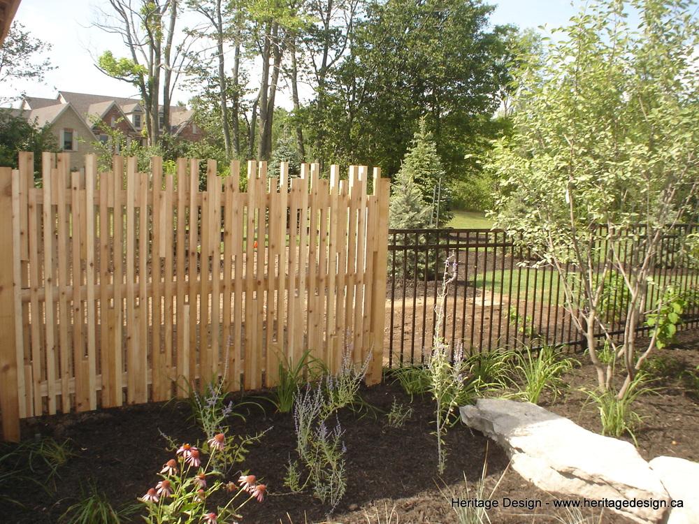 Heritage Design Cedar Fence 0002.jpg