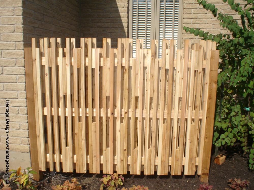 Heritage Design Cedar Fence 0001.jpg