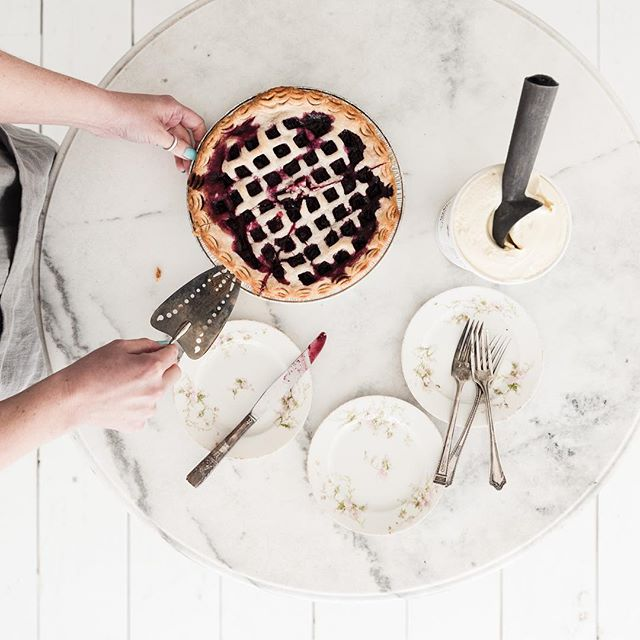 Happy National Pie Day! 🥧 🍨🥧🍨🥧🍨 _________________________________ 📸 @kimklassen