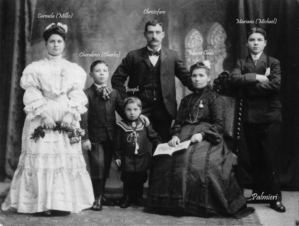 Family Photo 1906+-  Cristofafo Palmieri B-W.jpg
