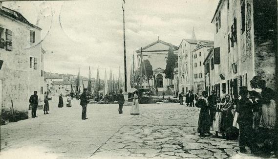Lussingrande Piazza 1900.jpg